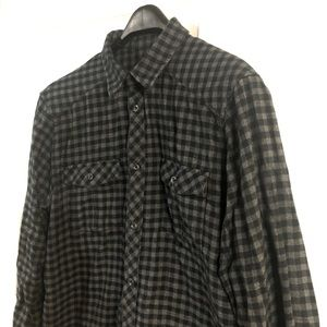 👕2For$50👕H&M Plaid Button Up